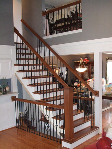 Beau Old Wood Spindles, New Iron Balusters. Staircase ...